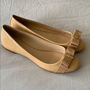 New Tory Burch Trudy Nude Leather Ballet Flats